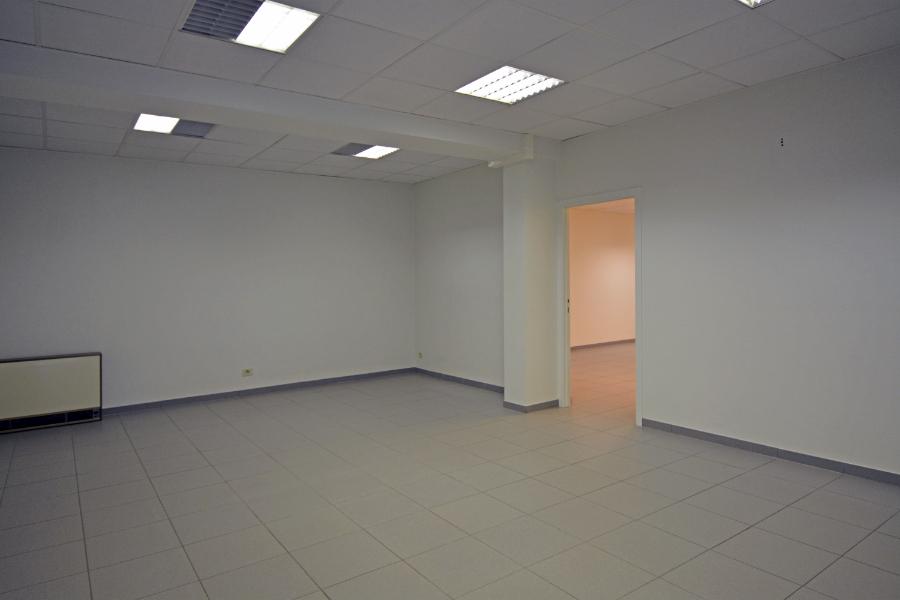 Commercieel gelijkvloers (336m²) vlakbij de Grote Markt