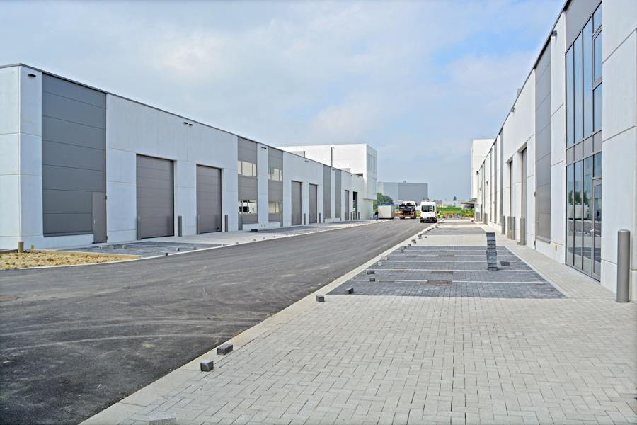Hoogwaardige KMO-units op 2km van E40 Gent - Brugge.