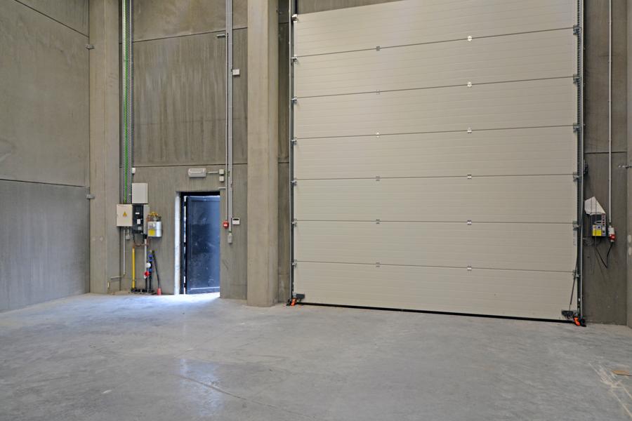 Exclusieve nieuwbouwkantoren (te huur of te koop) op kwartier van Gent en vlakbij oprit E40 Oostende-Brussel