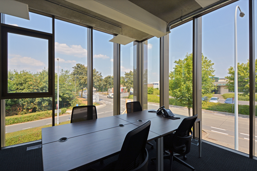 Prachtige flexibele kantoorruimtes nabij Pottelberg - Kortrijk